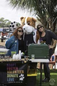 Kelly and Volunteer at Fur Sisters Event